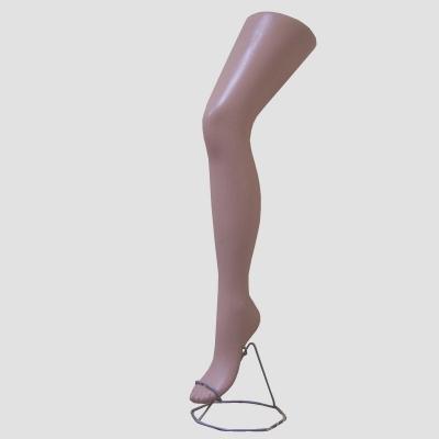Нога женская на подставке